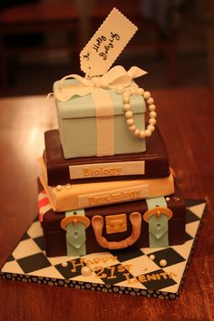 21st Birthday cake i would love to have this cake!!!!!