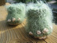 Monster Feet Baby Booties | Community Post: 19 Nerdy Knits You Need To Knit Right Now