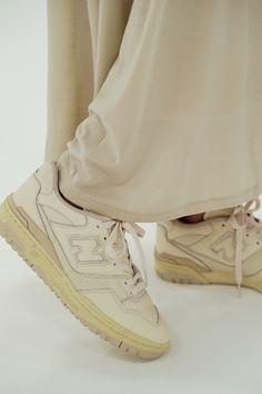 Dr Shoes, Swag Shoes, Cute Shoes, Me Too Shoes, Shoes Heels, Basket Originale, Retro Sneakers, Beige Sneakers, Vintage Sneakers