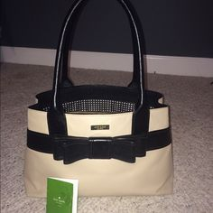 Kate Spade Villabella **SHIPS TODAY!** Great condition. Used less than 10 times kate spade Bags Totes