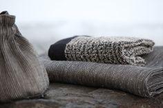 Grey linen, harmaata pellavaa. www.pisadesign.fi