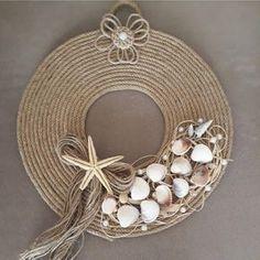 Deko 6 Knowing Cool Tips: Table Lamp Shades Modern repurposed lamp shades projects.Lamp Shades Diy G Seashell Art, Seashell Crafts, Beach Crafts, Jute Crafts, Diy And Crafts, Arts And Crafts, Modern Lamp Shades, Diy Wreath, Sea Shells
