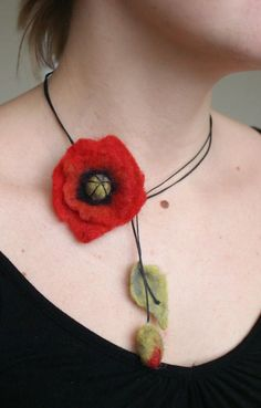 Items similar to Felted red poppy necklace on Etsy Felt Necklace, Fabric Necklace, Textile Jewelry, Fabric Jewelry, Jewellery, Felted Jewelry, Felt Flowers, Fabric Flowers, Bijoux Diy