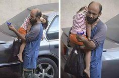 Portal Informasi Online: Foto Perjuangan Seorang Ayah Yang Buat Netizen Ter...
