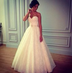 Love the top of this dress!!! #cute #wedding #dress