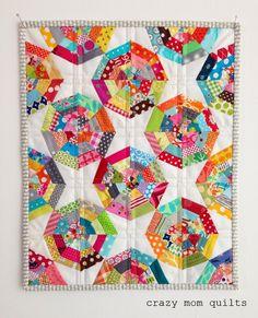 mini spiderweb quilt