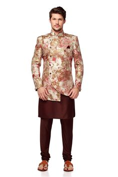 Stylish Cream and Brown Color Indo Western Wedding Dresses Men Indian, Wedding Dress Men, Wedding Outfits, Wedding Wear, Indian Men Fashion, Mens Fashion Wear, Men's Fashion, Fashion Suits, Royal Fashion
