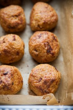 millet meatballs with sundried tomatoes-Vegan. Vegetarian Recipes, Cooking Recipes, Healthy Recipes, Healthy Food, Yummy Mummy, Yummy Food, Food Allergies, Easy Meals, Healthy Dinners