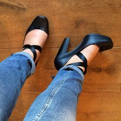 Casual monday, with heels #shoes #shoeporn #shoesoftheday #heels #fashion #nofilter #melissa