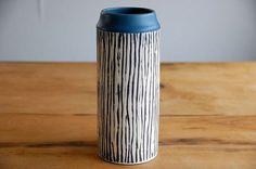 デンマークで見つけた陶器の花瓶(円柱型)