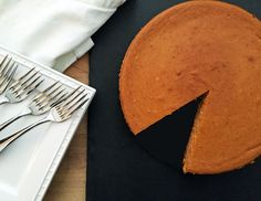 Alton Brown's Pumpkin Cheesecake: Make this pumpkin cheesecake with ginger snap crust and store covered in the fridge for up to a week, which is great for cooks who want to get ahead of all their cook (Regular Cheesecake Recipes) Creamy Cheesecake Recipe, Pumpkin Cheesecake Recipes, Pumpkin Recipes, Pumpkin Pumpkin, Just Desserts, Dessert Recipes, Brown Recipe, Alton Brown, Ginger Cookies