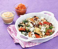 Recept: Zucchinibulgur med fetaost och kikärtsröra