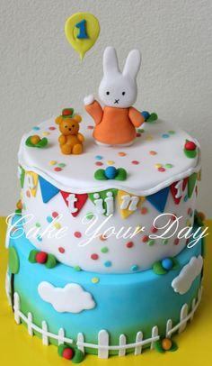 Miffi Cake - Cake by Cake Your Day (Susana van Welbergen) Cake Icing, Fondant Cakes, Cupcake Cakes, Cupcakes, Miffy Cake, Creative Wedding Cakes, Book Cakes, Animal Cakes, Different Cakes