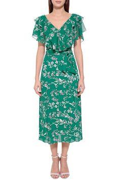 Batik Dress, Saree Dress, Dress Skirt, Summer Fashion Outfits, Fashion Dresses, Trendy Outfits, Modest Dresses, Nice Dresses, Kurta Designs Women