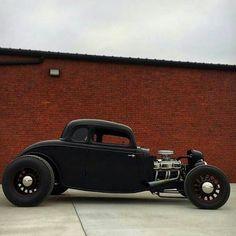 Hot Rod #hotrodvintagecars #hotrodclassiccars