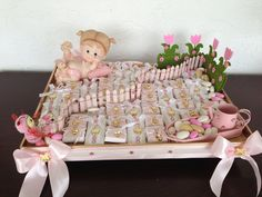 Little garden for the brand new baby girl! Perfect chocolate favors for a baby shower by Sobelle Favors