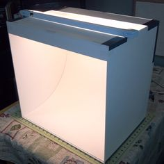 Improve Your Photos – DIY Light Box – Tip Junkie