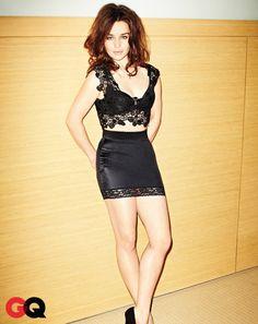 Emilia Clarke a.k.a. Daenerys Targaryen Game of Thrones <3 in GQ March 2013 holy shit shes hot