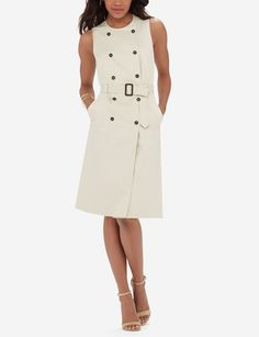 Sleeveless Trench Dress Tan smooth twill dress with a double breasted front. This dress comes with a removable adjustable belt and has slash front pockets The Limited Dresses Sheer Dress, Dress Skirt, Stylish Dresses, Stylish Outfits, Size 16 Dresses, Dresses For Work, Trench Dress, Look Magazine, Outfits