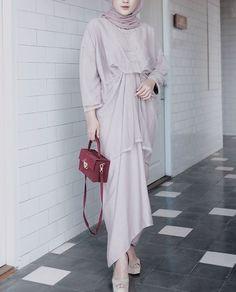 Dress Muslim Modern, Dress Brokat Modern, Kebaya Modern Dress, Kebaya Dress, Muslim Dress, Long Dress Fashion, Modest Fashion Hijab, Muslim Fashion, Women's Fashion Dresses