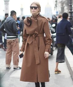 ☆As the temperature drops, it's time to choose the most essential winter-wardrobe piece. Coat-Check pieces for every occasion, budget and figure.