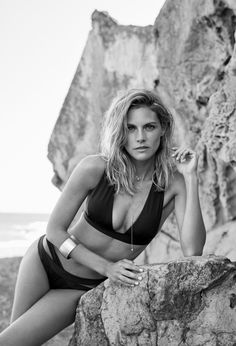 Amaia Salamanca for Women'secret Clara Alonso, Amaya Salamanca, Velvet Tv Series, Linda Kozlowski, Sport Tv, Spanish Actress, Bikinis, Swimwear, Swimsuits