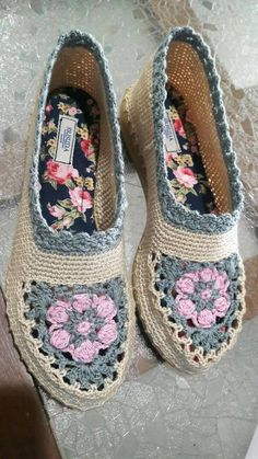 50 Crafts for Teens To Make and Sell - DIY Gifts for Teens - Source by masonjuliette de mujer tejidos Sell Diy, Diy Crafts To Sell, Fun Crafts, Crafts Cheap, Decor Crafts, Crafts For Teens To Make, Gifts For Teens, Kids Diy, Crochet Shoes Pattern