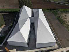 CID CENTRO (CENTRO INTEGRAL DE DESARROLLO 'CENTRO') by NGNP Arquitectos Jesús Granada