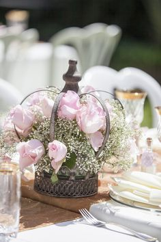 Great Crown Centerpiece For A Themed Baby Shower Photo By Crystal Worley  Photography. Metal Crown Available
