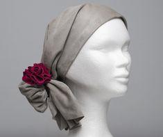 Scarflett, un foulard en cuir tout doux pour couvrir l'alopécie. Et rester belle et féminine malgré la maladie Band, Accessories, Fashion, Everything, Scarf Head, Leather, Moda, Sash, Fashion Styles