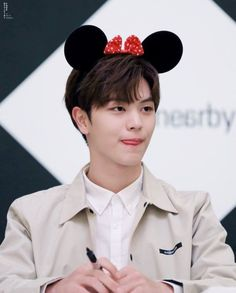 Hes so adorable completely boyfriend material Yook Sungjae Cute, Sungjae And Joy, Btob Changsub, Btob Minhyuk, Im Hyunsik, Who Are You School 2015, Baby Park, Kdrama Actors, Lee Jong Suk