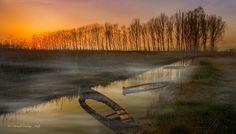 Boats in the fog by riccardolu