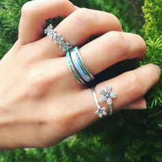 """69 Gostos, 2 Comentários - Karlas Jewelry & Gifts (@karlas_mcallen) no Instagram: """"Celebrate #spring with Pandora's #spring17collection -- purchase $125 of #pandorajewelry and get a…"""""""