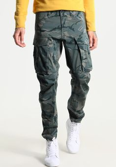 G-Star ROVIC QANE 3D TAPERED - Cargo trousers - khaki - Zalando.co.uk Combat Gear, Cargo Jeans, Gears, Parachute Pants, Trousers, 3d, Fashion, Molde, Trouser Pants