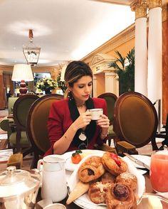 Café da manhã de princesa  no @thedorchester! Passaria minha manhã inteira aqui  #fhitslondon @fhits #dcmoments #dorchestercollection