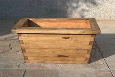 #madera #wood #mueble #rustico #cosas #artesanal #habitacion #diseño #exterior #maceta #planta #flor #caja #rectangular