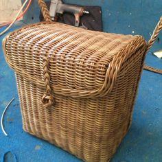 (45) Одноклассники Paper Weaving, Hand Weaving, French Baskets, Basket Crafts, Art N Craft, Basket Bag, Sisal, Basket Weaving, Wicker Baskets