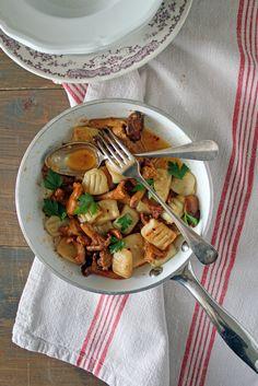 Gnocchi di patate con finferli