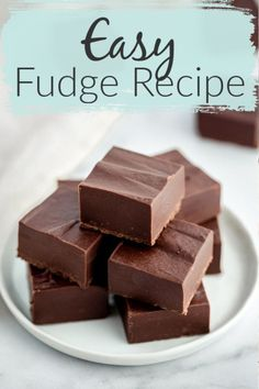 Fudge recipe SO EASY you will want to make it! This simple Fudge Recipe is made . - Live Well Bake Often - Fudge recipe SO EASY you will want to make it! This simple Fudge Recipe is made . - Live Well Bake Often - Menta Chocolate, Easy Chocolate Fudge, Homemade Chocolate, Chocolate Recipes, Easy Fudge, Simple Fudge Recipe, Chocolate Snacks, Chocolate Tarts, Candy Recipes
