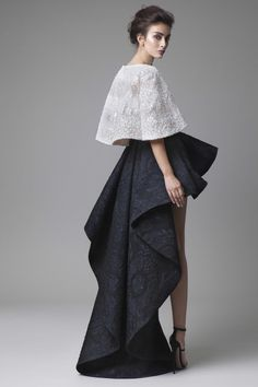 Edgy and Playful Fashion Friday: Krikor Jabotian Spring/Summer 2016 Couture Fashion, Runway Fashion, Fashion Show, Fashion Design, Vogue Fashion, Fashion Art, Fashion Jewelry, Textiles Y Moda, Partys