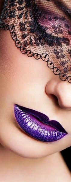 Is that a lip from the Star Wars creature shop? Purple Lips, Purple Haze, Shades Of Purple, Deep Purple, Purple And Black, Magenta, Soft Make-up, Malva, Beautiful Lips