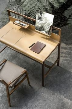 Modern Desk idea For Functional. Home office desks combine style and function. Choose from contemporary home office desks or modern desks for home. Design Furniture, Table Furniture, Office Furniture, Cool Furniture, Furniture Market, Workspace Design, Office Table Design, Dressing Table Design, Dressing Tables