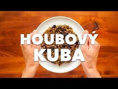 Existuje v české kuchyni luxusnější bezmasé jídlo? Já myslím, že ne. Ječné kroupy, sádlo, stročky a spousta majoránky s česnekem. Úžasná klasika na vánoční stůl. [Mrkněte na video](#video)! Meals, Youtube, Food, Meal, Essen, Yemek, Youtubers, Yemek, Youtube Movies