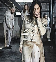 Lacuna Coil. Waiting for Delirium XD m/