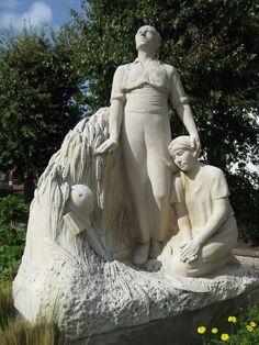 Le monument aux morts d'Ascain. Aquitaine