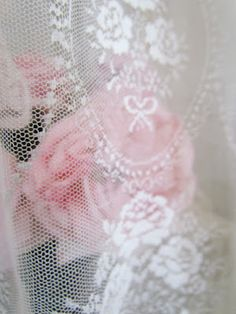 ~dentelle amour ~ love of lace~ The love of lace, the delicate, the feminine. Roses and lace Lace Ribbon, Lace Ruffle, Pink Lace, Pastel Pink, Pink Roses, Ruffles, Lace Silk, Antique Lace, Vintage Lace