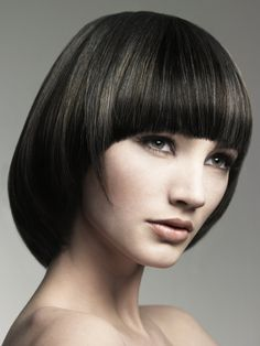 pageboy haircut for thick hair