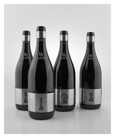 CUATRO ALMAS PACKAGING    We wanted to take a good product, the wine from the Bodegas Señorío de Somalo, and turn it into something unique with a collection of limited edition bottles packed with information, with the use of BIDI codes, which offer us the possibility of creating minimalist labels, expandable with a simple gesture: when scanning the code with a mobile we're literally taking you into the world of the winery.