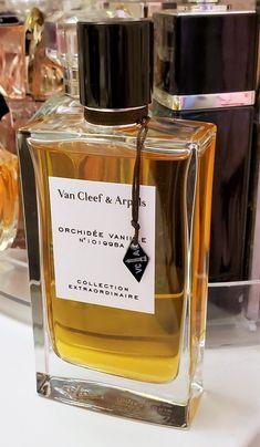 41 Perfumes Ideas Perfume Fragrance Perfume Bottles
