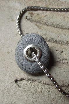 Beach stone using rivet
